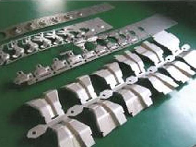 3次元形状 各種順送製品